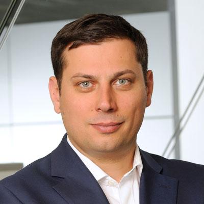 Maciej Kroenke